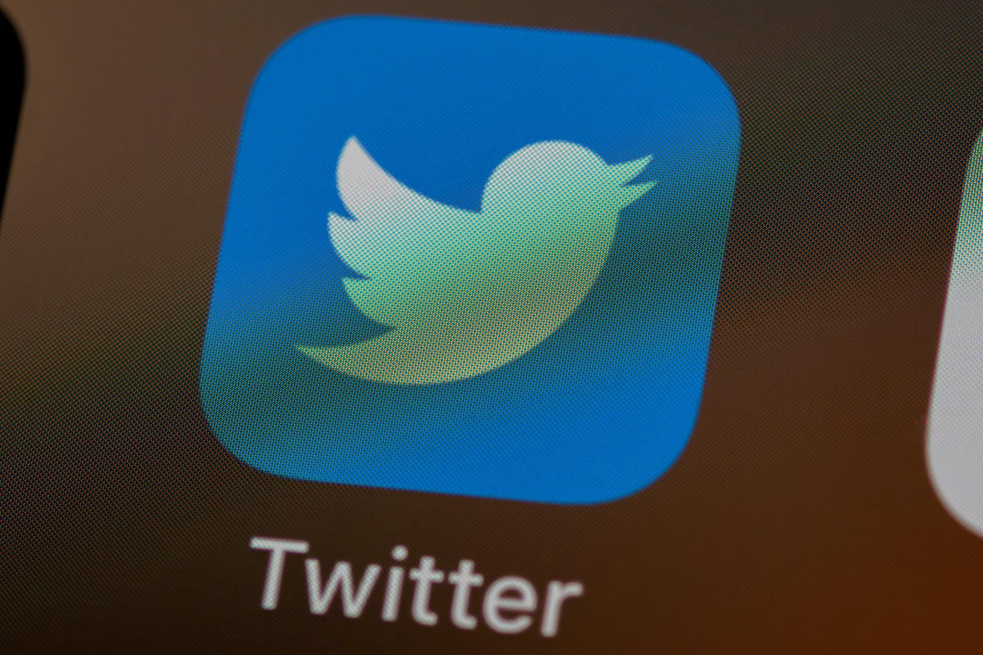 Nigéria suspende Twitter no país após conta do presidente ser punida