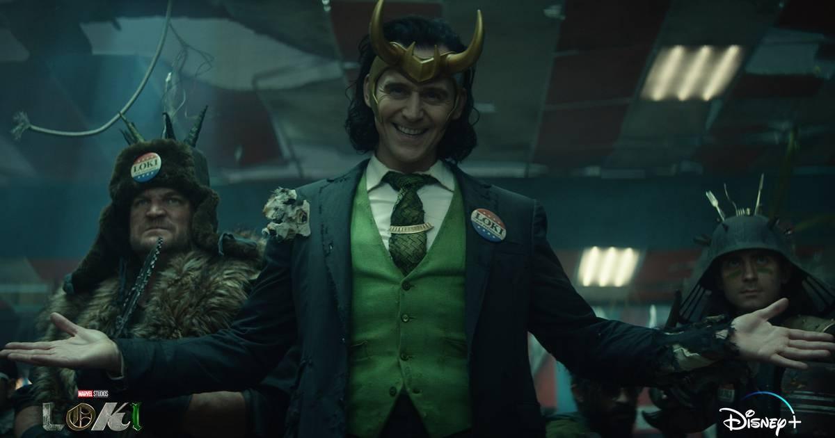 Tom Hiddleston é o protagonista da nova série da Marvel. (Disney+/Reprodução)