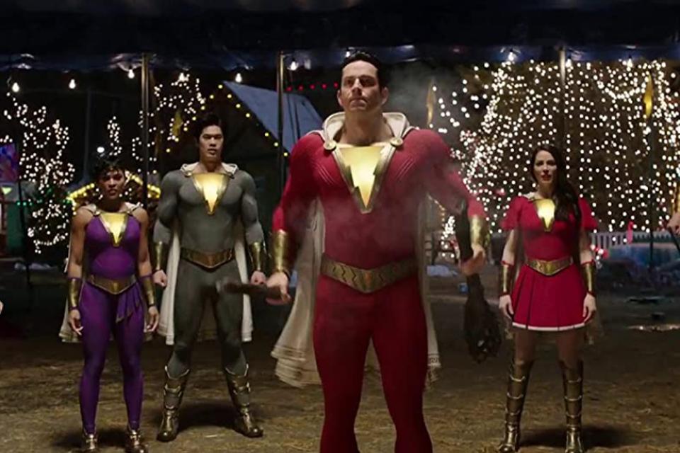 Shazam 2: diretor confirma novos trajes para a família do herói