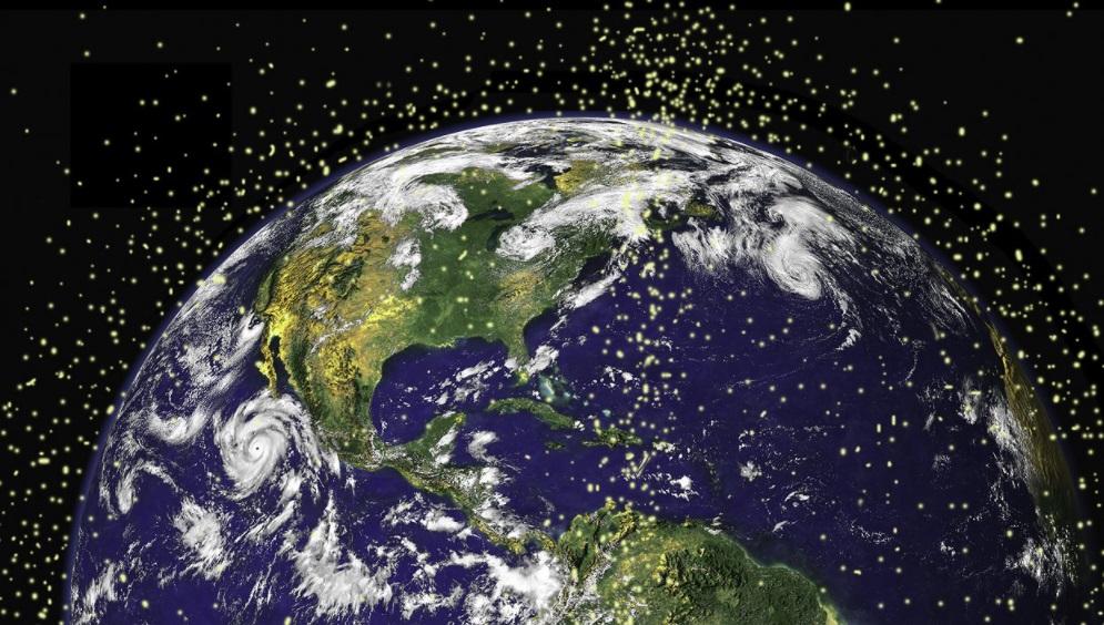 Chefe da NASA reclama de lixo espacial: 'perigoso e vergonhoso'
