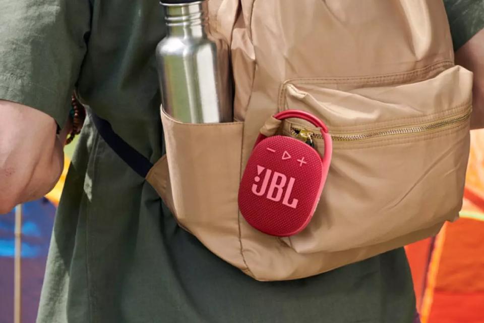 JBL Clip 4, nova caixa de som portátil e resistente, chega ao Brasil