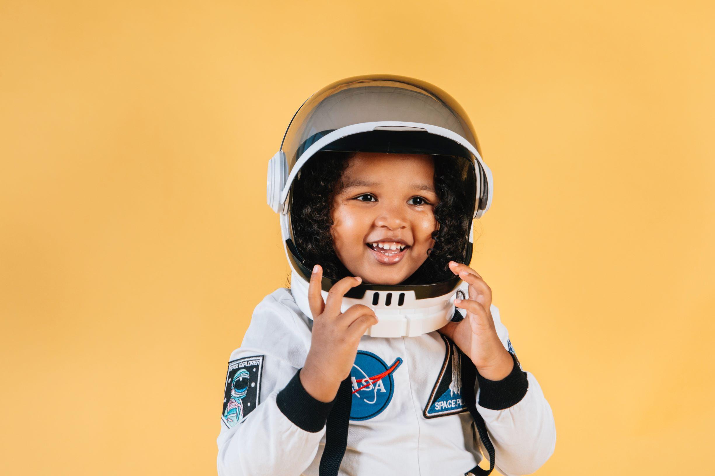 Criança astronauta