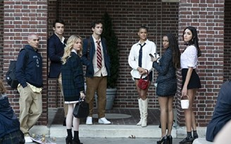 Gossip Girl revis revival hits streaming next Wednesday (8). (HBO Max/Playback)