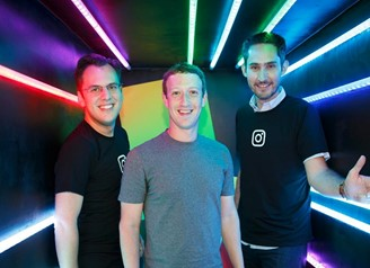 Mike Krieger, Mark Zuckerberg e Kevin Systrom em 2016.