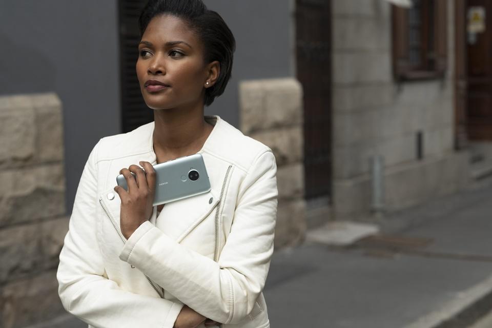 Nokia C30 e 6310 são lançados: tela grande e clássico reimaginado