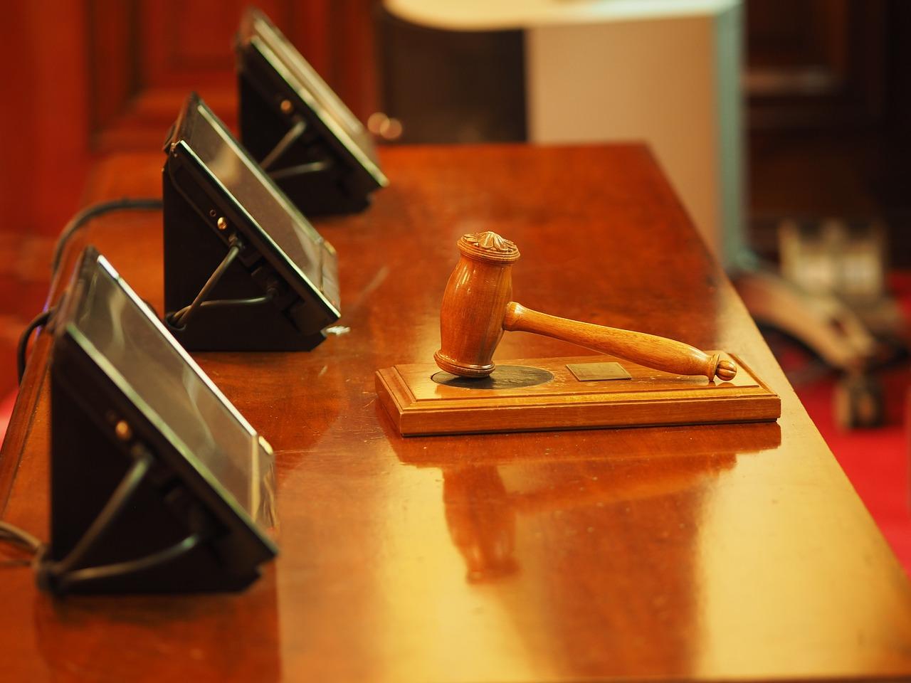 Cyberstalking: ex-gerente do eBay é condenado a 18 meses de prisão