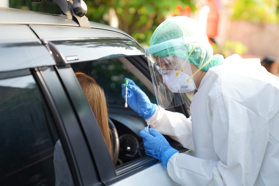 Descontaminação de máscaras N95 pode reduzir lixo da pandemia, diz estudo