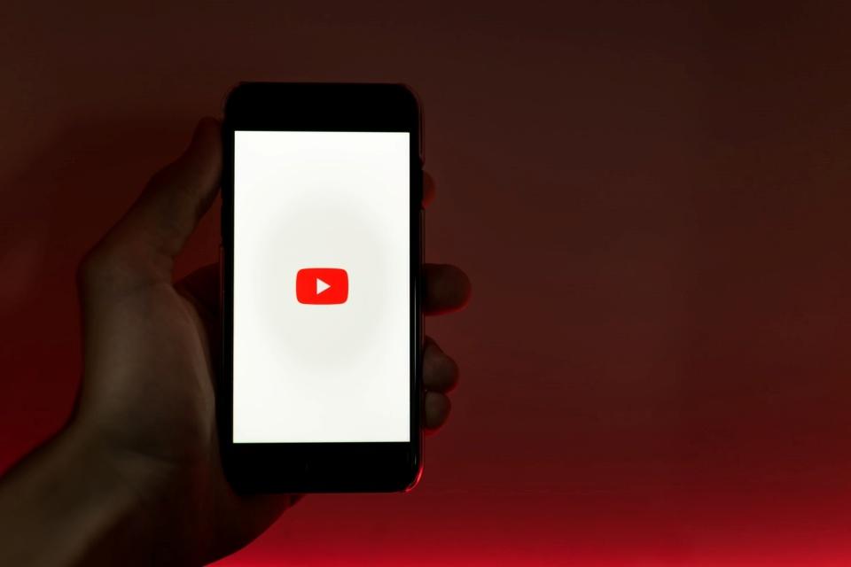 YouTube aumenta receita em 83% e se aproxima da Netflix