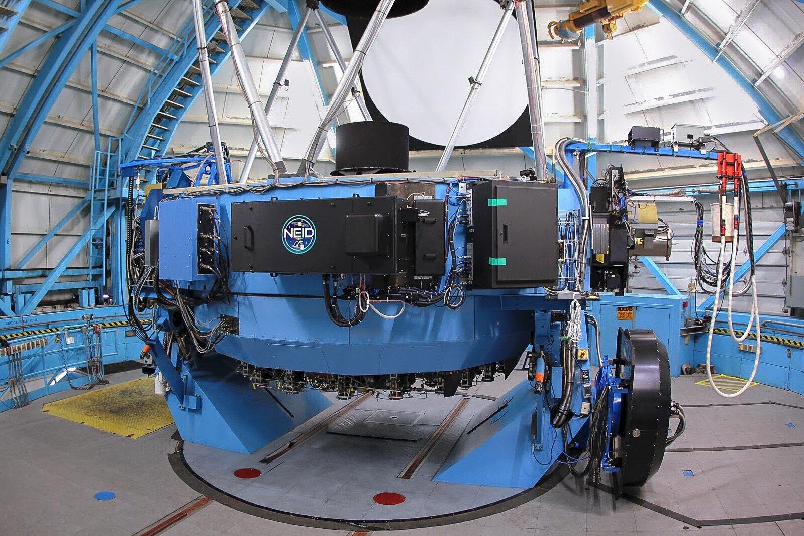 Instrumento que busca exoplanetas inicia as operações