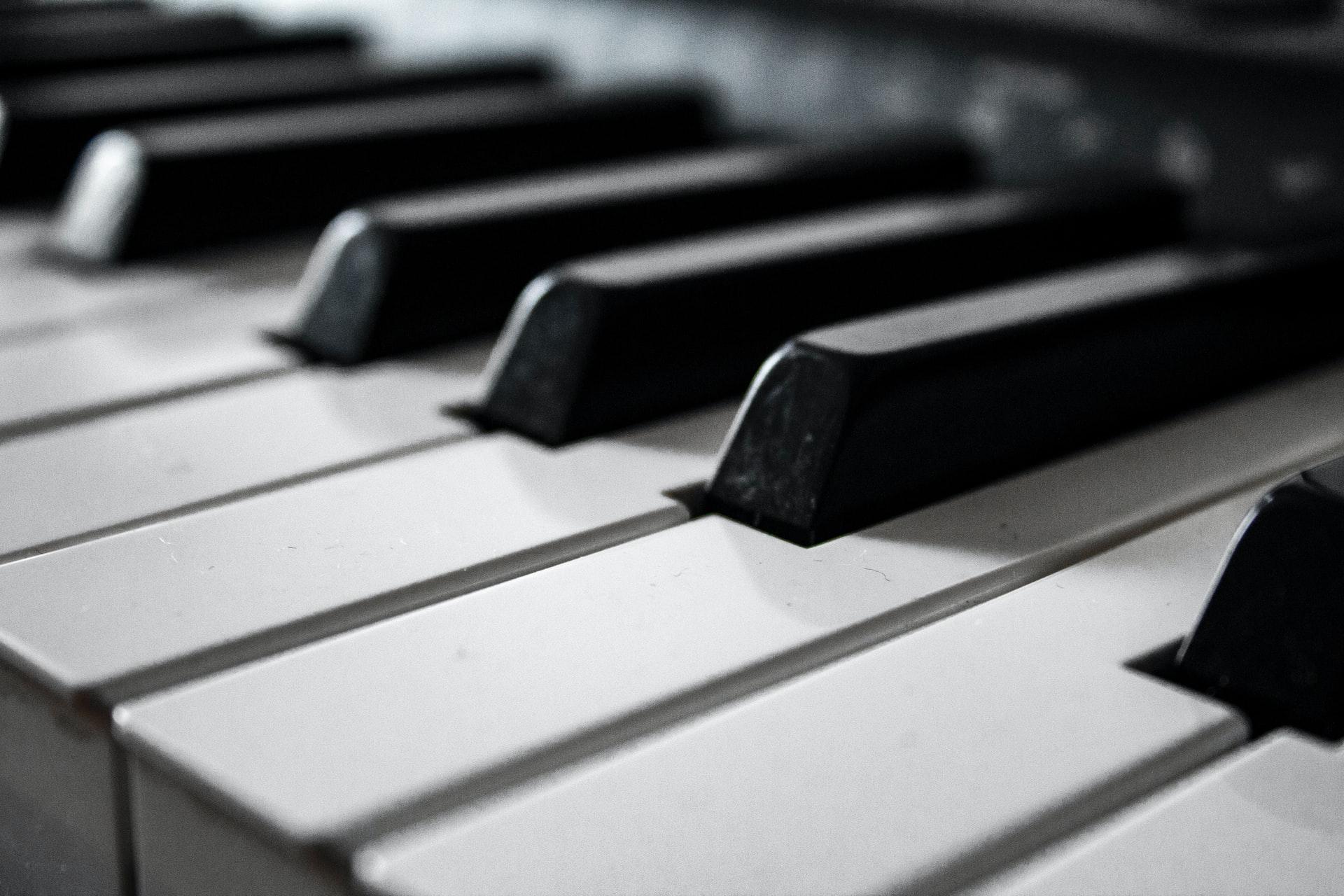 Ouvir Mozart pode ajudar a reduzir epilepsia refratária, mostra estudo