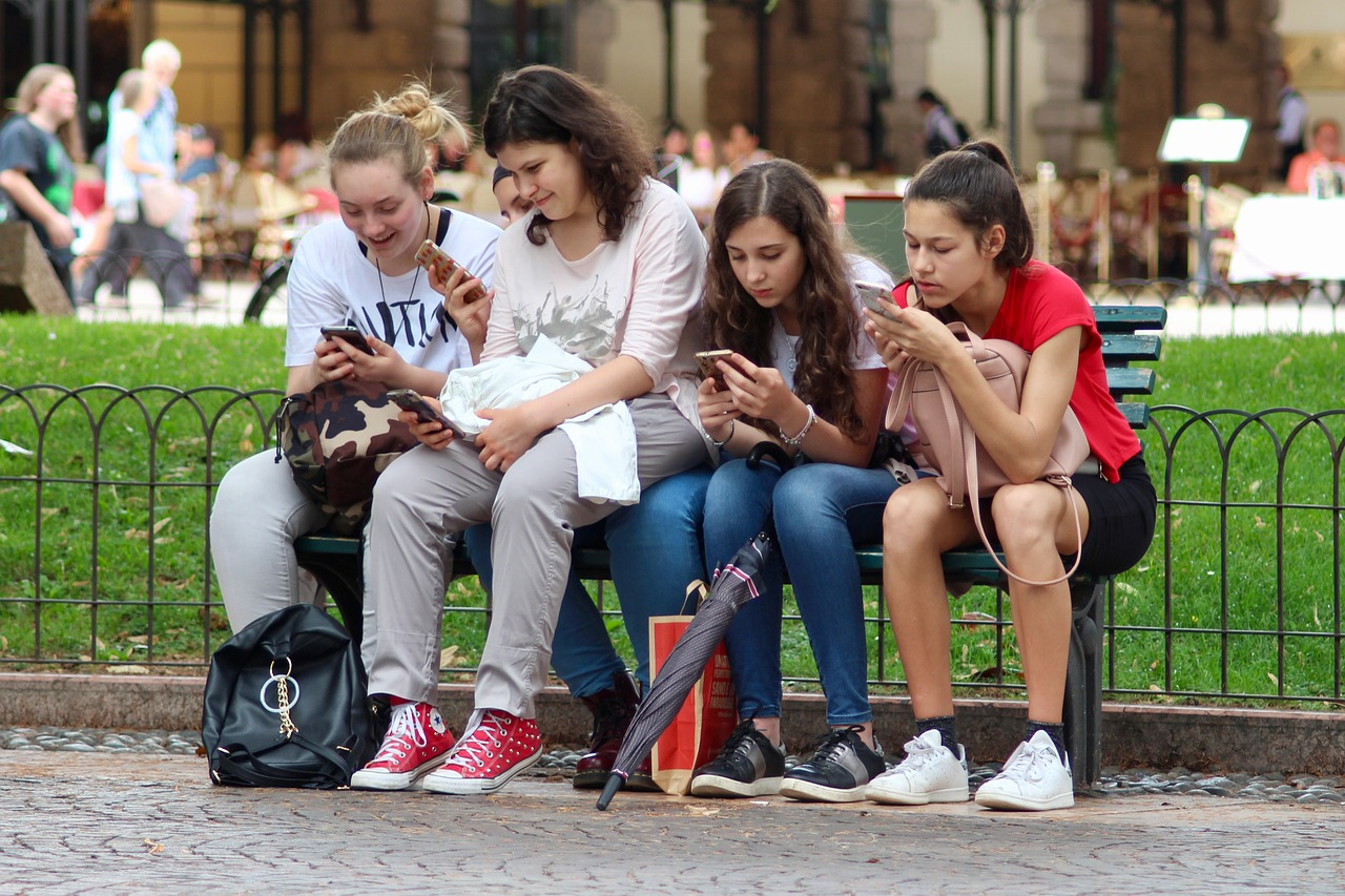 Instagram: Congresso do EUA quer investigar danos aos adolescentes