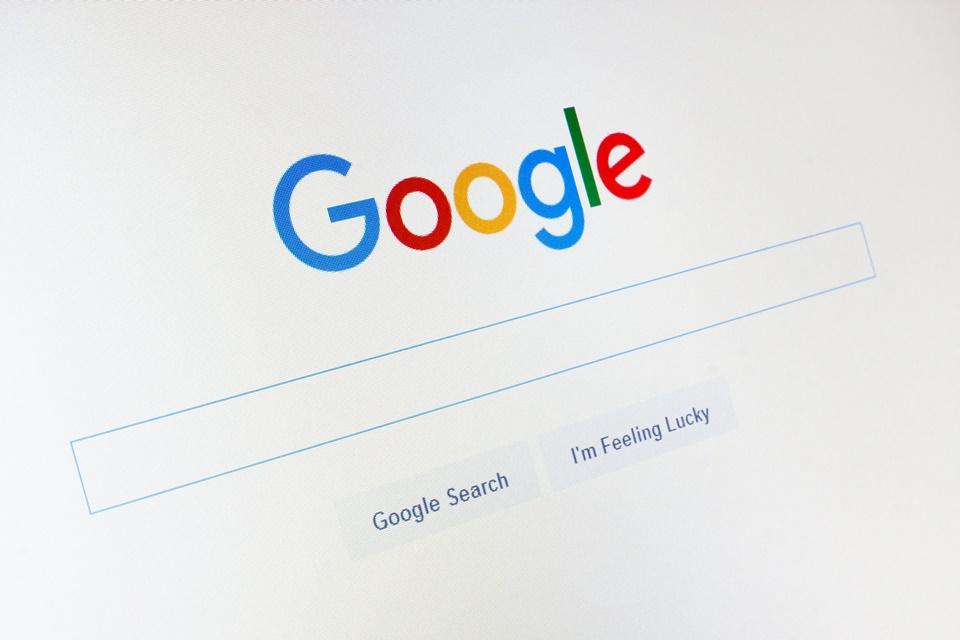 Google diz que seu buscador 'é o melhor' e nega irregularidades