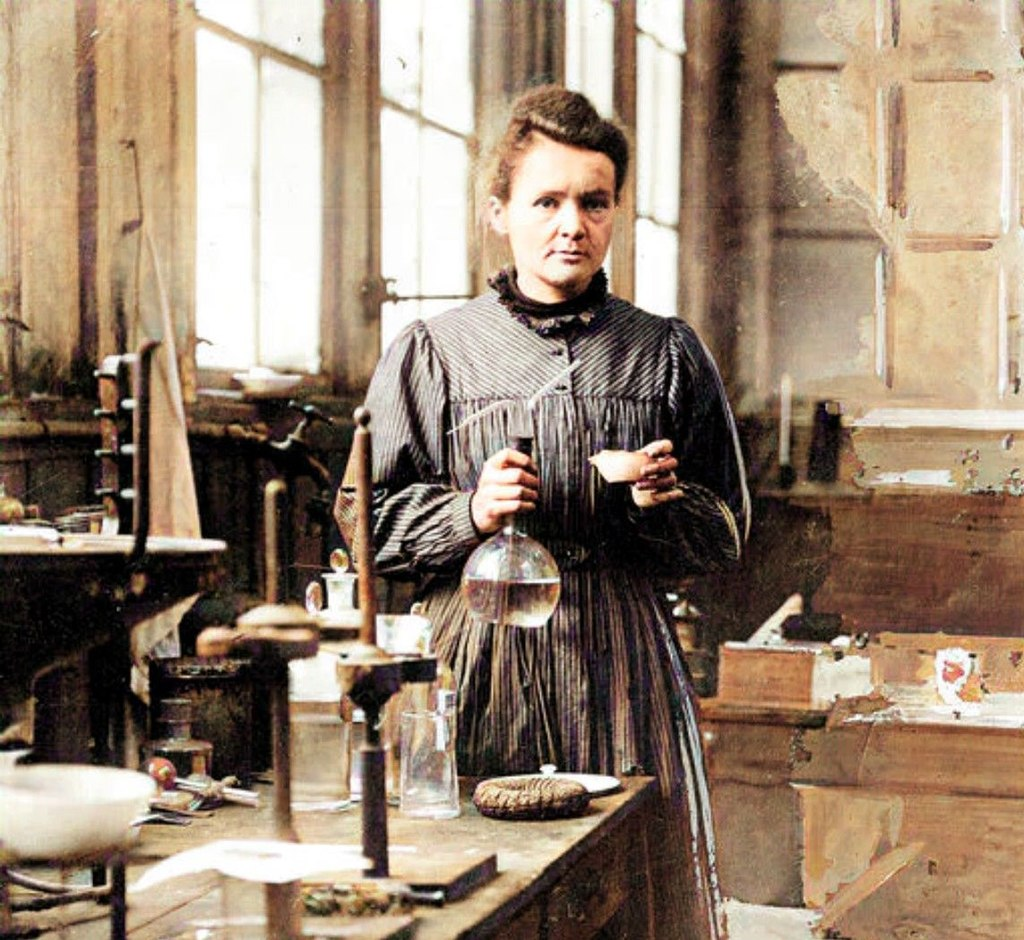 The Curie family was awarded five Nobels.  (Source: Wikimedia/Reproduction)