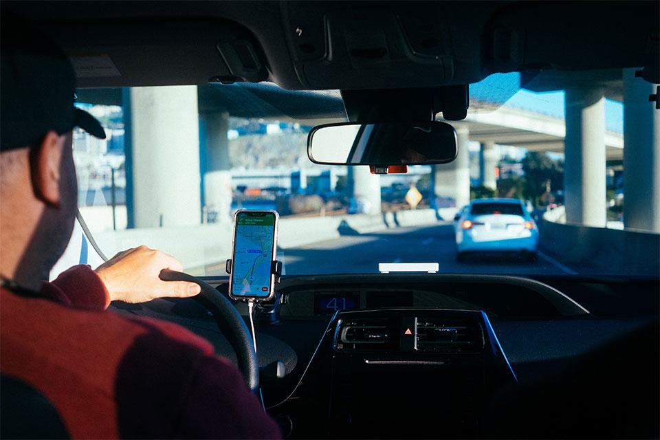 Uber aceita informações de voos para reservas de serviços nos EUA