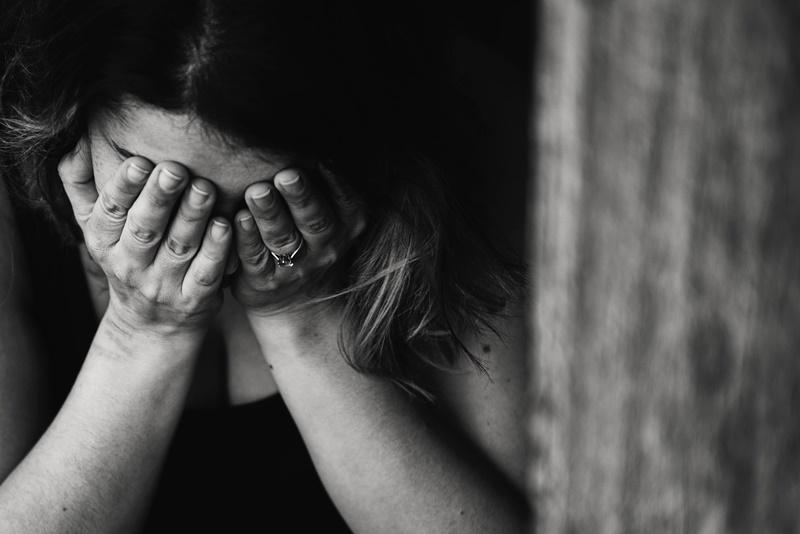Depressão e ansiedade afetam mais mulheres e jovens. (Fonte: Pexels)