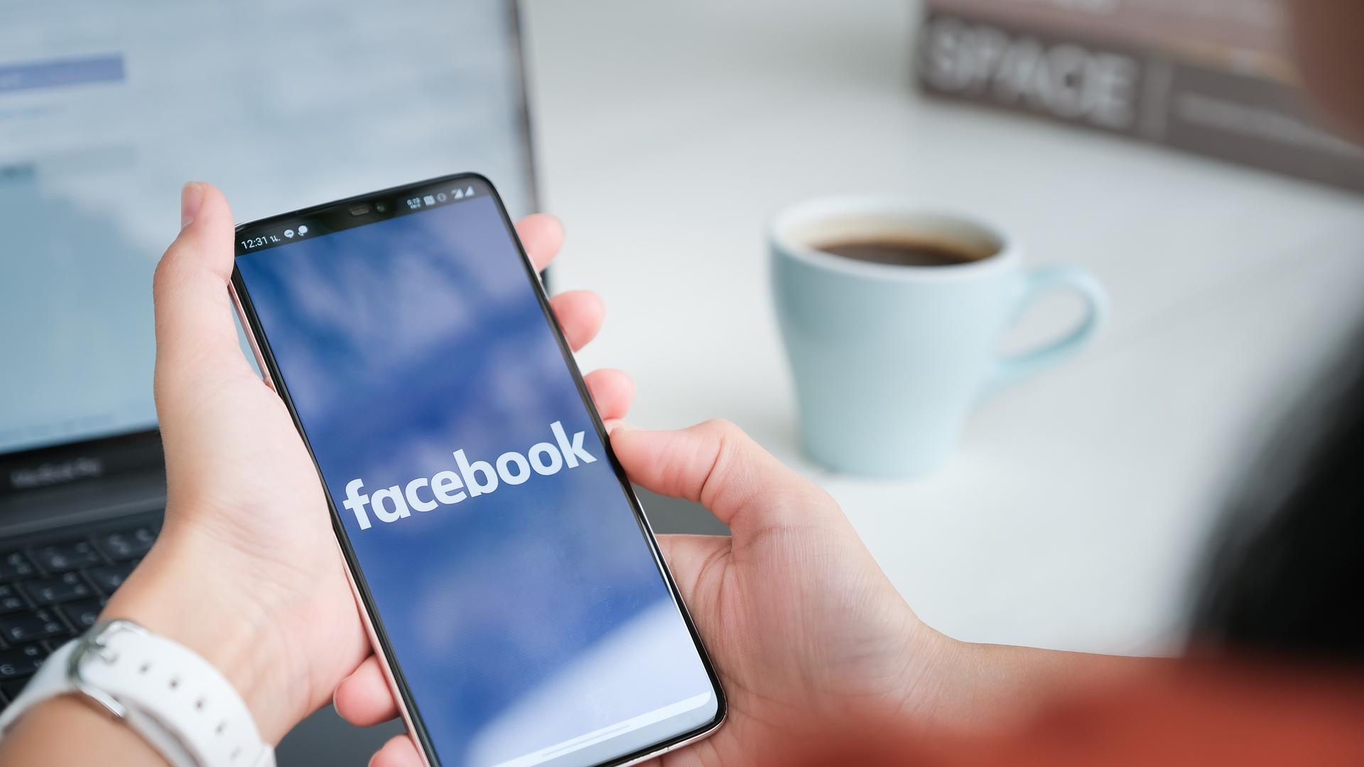 Facebook amplia remoção de conteúdo ofensivo contra figuras públicas