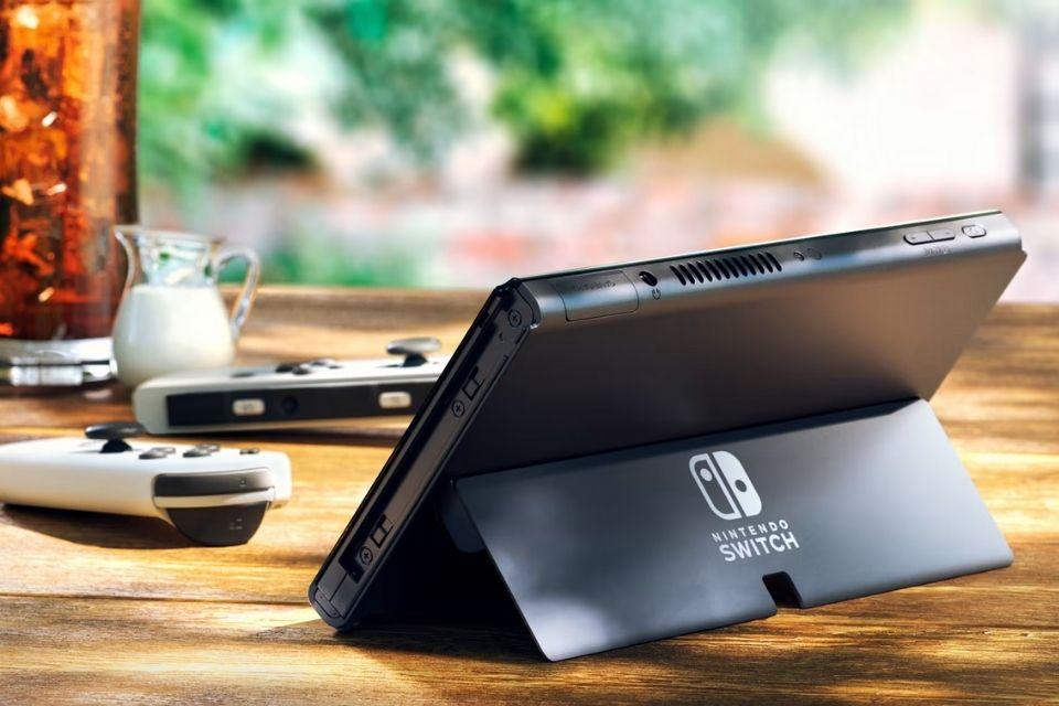 Switch OLED vendeu quase 140 mil unidades em sua estreia no Japão