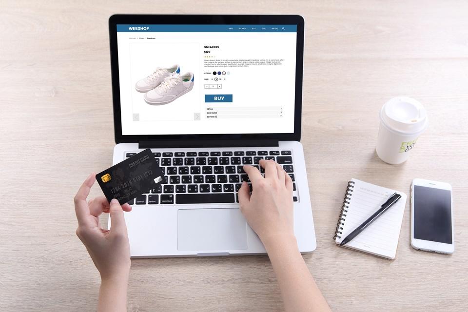 Plataforma vaza 1,7 bilhão de dados sensíveis de e-commerces no Brasil
