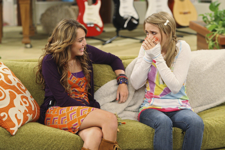 Hannah Montana: Emily Osment revela nunca ter assistido a série