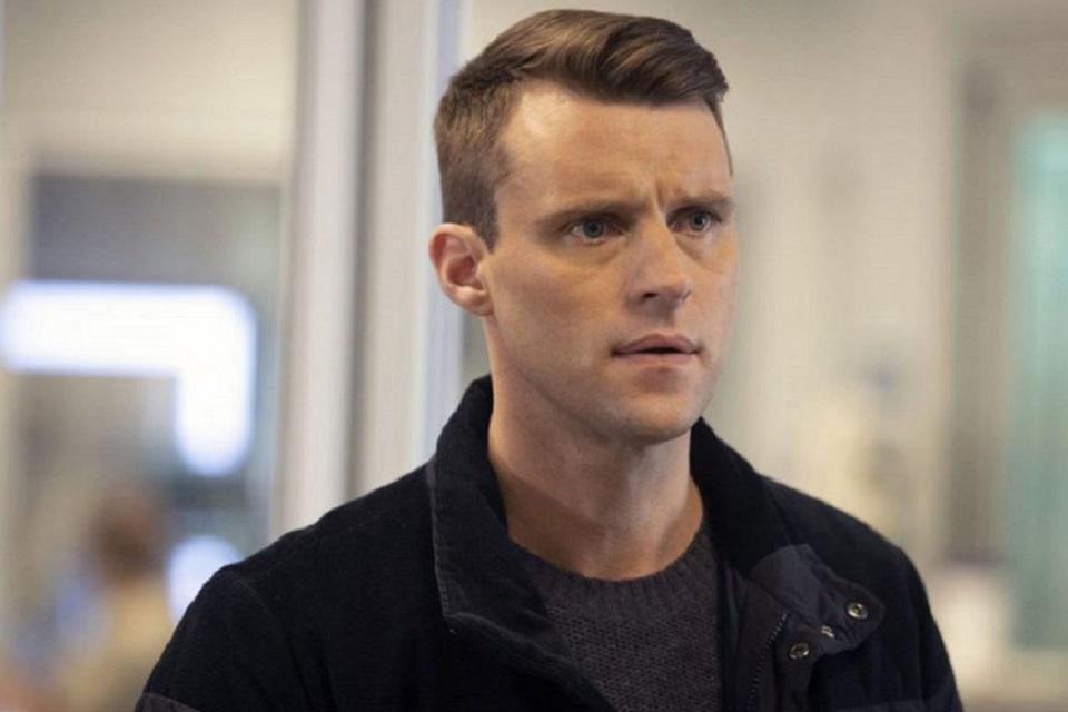 Chicago Fire 10x5: Casey vai sair da série? (promo)
