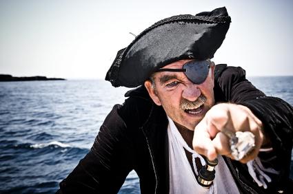 A pirataria depende de você