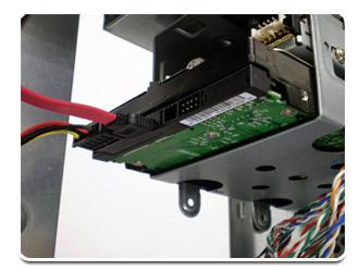 HD SATA com os cabos conectados