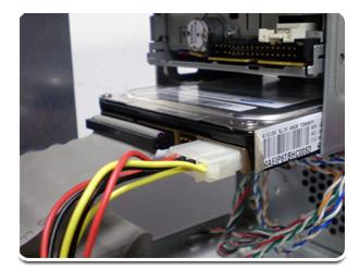 HD PATA com os cabos conectados
