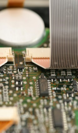 Circuitos limpinhos = celular funcionando!