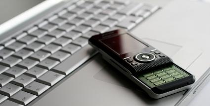 NFC permite a transferência de dados sem fios