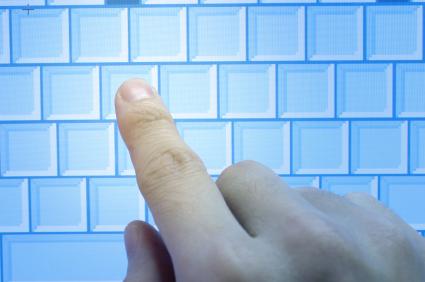 O teclado do netbook leva vantagem sobre teclados de celulares comuns.