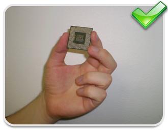 Todo o cuidado é pouco quando for manusear o processador!