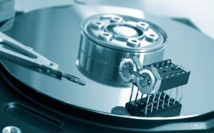 Os discos rígidos antigos sofriam com o desligamento inadequado. Os novos também podem sofrer!