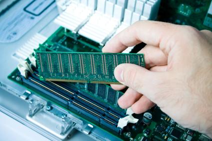 Uma rede neural não precisa de memória para executar suas tarefas aprendidas.