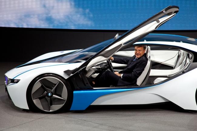 Nova BMW com motor elétrico!