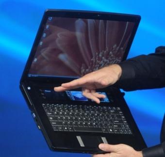 Intel lança conceito de Notebook de 4 telas