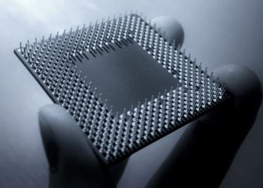 Os processadores atuais possuem bilhões de transistores.