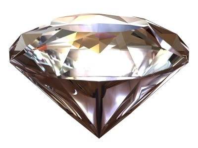 Diamantes são exelentes refratores de luz. Quando lapidados, suas faces funcionam como prismas.