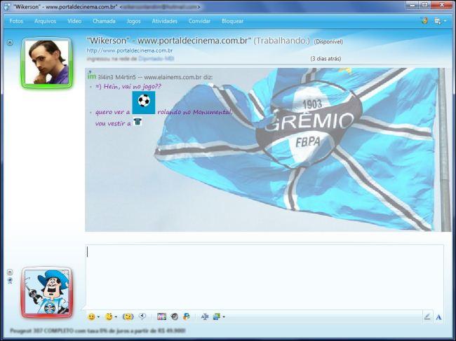 MSN com as cores e a bandeira do tricolor gaúcho.