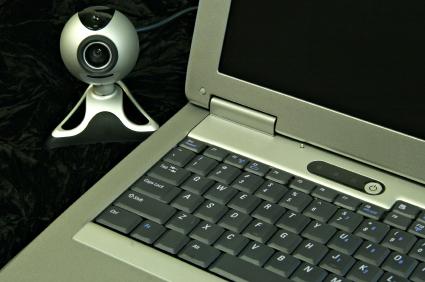Computadores equipados com webcam podem ajudar na proteção do ambiente doméstico