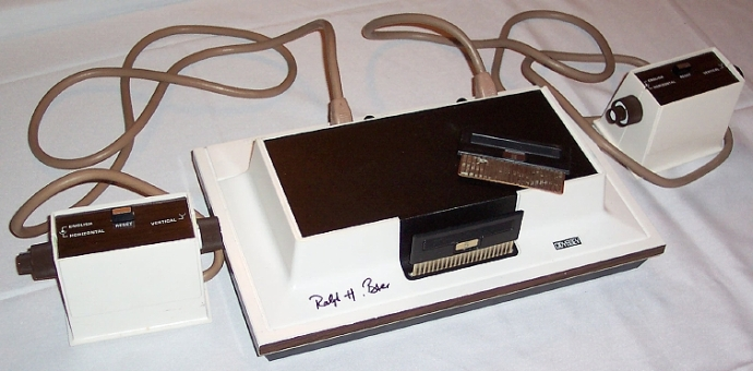 O Magnavox Odyssey, primeiro console para casas.