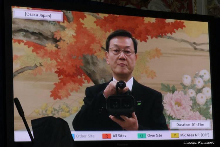 O presidente da Panasonic Fumio Ohtsubo abre a conferência