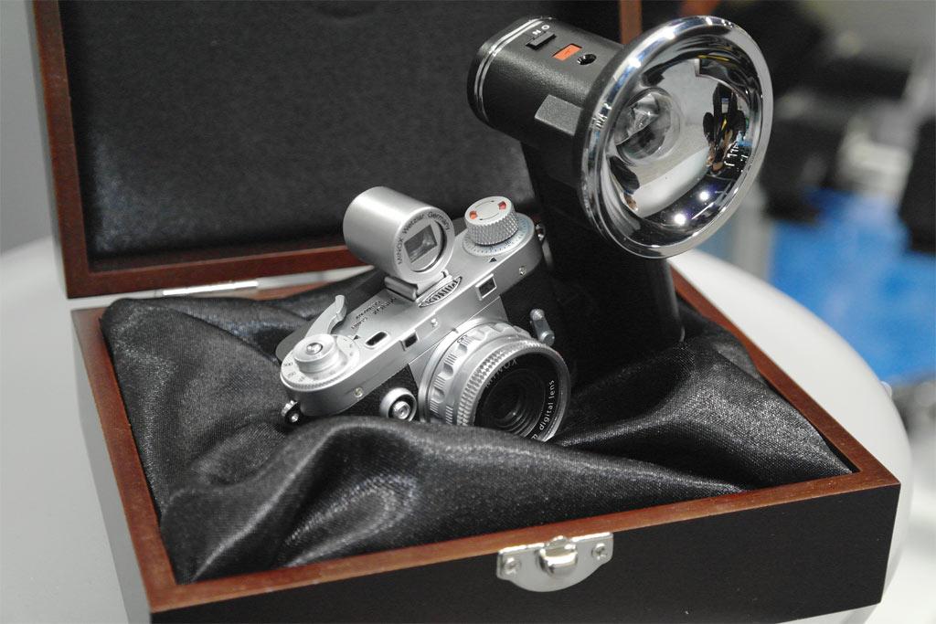 Leica miniatura da Minox (dpreview.com)