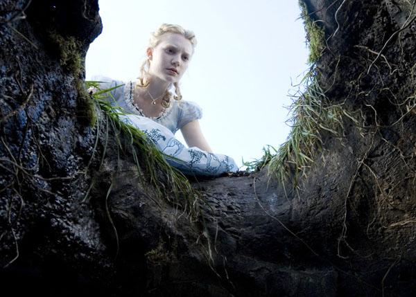 Alice no País das Maravilhas é a próxima atração nos cinemas.