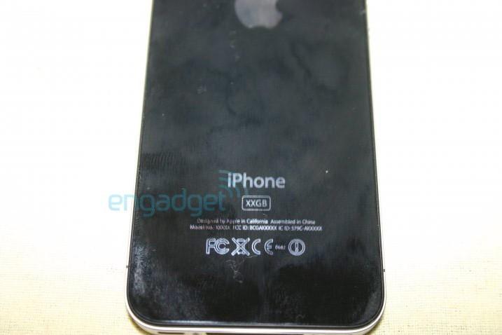 iPhone perdido no bar