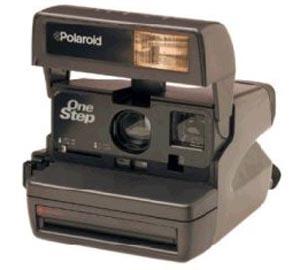 A antiga OneStep, primeira câmera da Polaroid