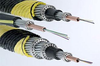 Cabos submarinos de fibra ótica