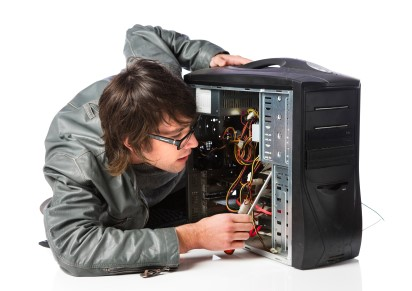 Seja curioso e desmonte logo o PC antigo!