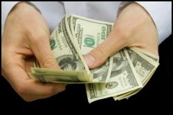 Maiores salários refletem aumento no preço no iPhone.