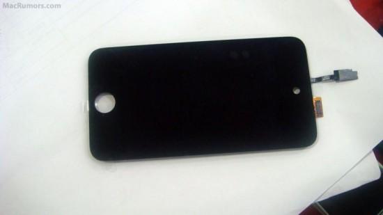 Suposta LCD do novo iPod Touch 4G - com espaço para câmera integrada
