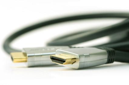 Cabos HDMI trariam mais versatilidade ao iPad.